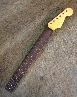 Vintage Fender® Lic. 1962 - 69 Strat® Hals
