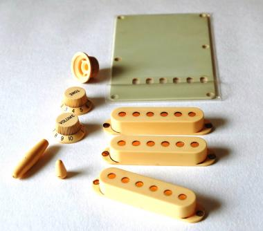Aged Accessory Set  Ivory fits to Strat ®