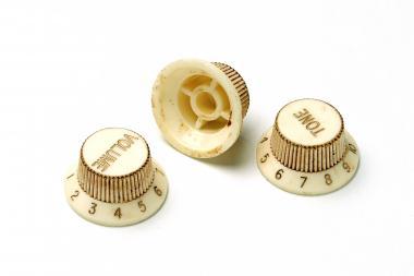 Aged 62 SC Relic ® Knopf Set – passend für Strat ®